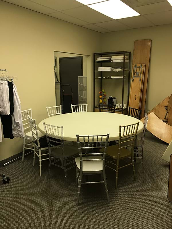 Seats 8 People Blog National Event Supply How Many Does A 60 Inch Round Table Seat